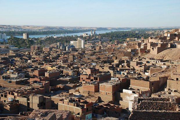 800px-Aswan,NE.jpg